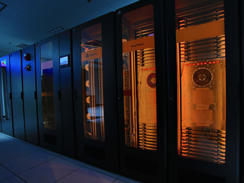 800x600-micro-data-center.png